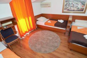Apartments and Rooms Villa Gaga 2, B&B (nocľahy s raňajkami)  Budva - big - 101