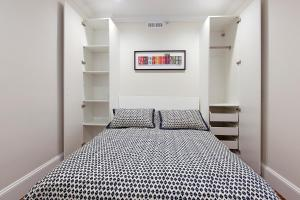 One Bedroom Apartment - Unit 4