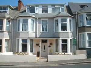 Sonrisa Bed & Breakfast in Newquay, Cornwall, England