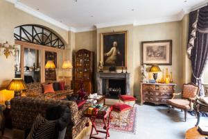 29-31 Draycott Place, London SW3 2SH, United Kingdom.