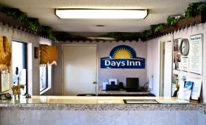 Days Inn Opelika - Opelika, AL 36801 - Photo Album
