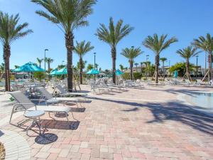 Nine-Bedroom Apartment