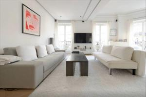 Photo of Luxe Apartment Paris 16 Victor Hugo   Etoile