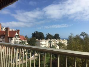 Photo of Sea View Apartment Avenue Costebelle