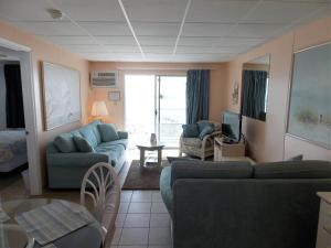 Apartment with Sea View Unit 307