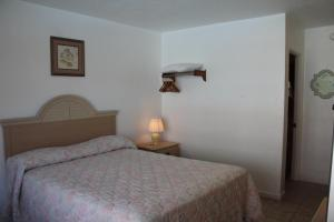 Double Room- Unit C