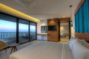 Executive Suite with Plunge Pool