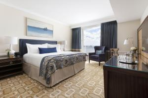 Superior King Room with Harbor View