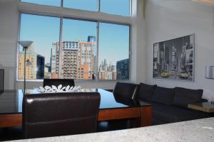 One Bedroom Loft - NYC View