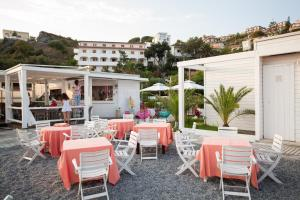 Grand Hotel De Rose, Hotels  Scalea - big - 83