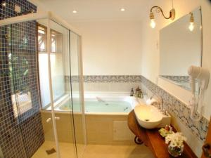 Suite with Double Spa Bath