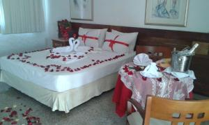 Superior Romantic Suite with Sea View
