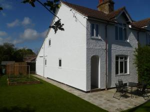 Apple Tree Cottage in Acle, Norfolk, England