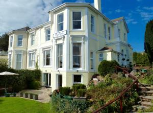 Cloudlands Guest House in Torquay, Devon, England
