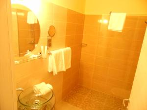 Best Western Plus Briston Hotel, Hotely  Otopeni - big - 7