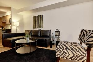 Atlas Suites Furnished Apartments- Rogers Center, Downtown Toronto, Apartments  Toronto - big - 1