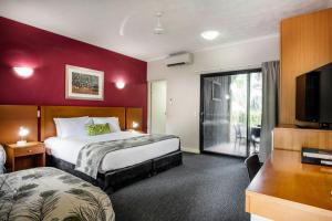 Mercure Darwin Airport Resort room photos