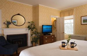Twin Room or King Room with Spa Bath