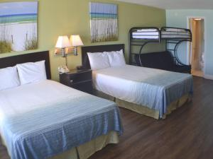Double Room with Futon Bed - Gulf Side