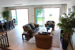 Villa Camacho XI - Sea Haven, Ville  Arco da Calheta - big - 18