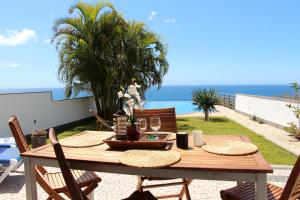 Villa Camacho XI - Sea Haven, Ville  Arco da Calheta - big - 16