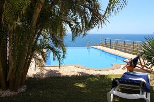 Villa Camacho XI - Sea Haven, Ville  Arco da Calheta - big - 11