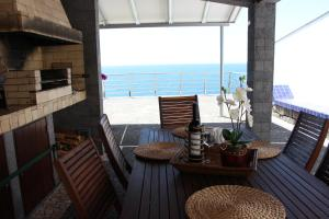 Villa Camacho XI - Sea Haven, Ville  Arco da Calheta - big - 8