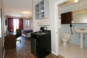Executive Room with One King Bed and Kitchenette