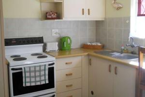 1 Bedroom Self Catering Garden Apartment