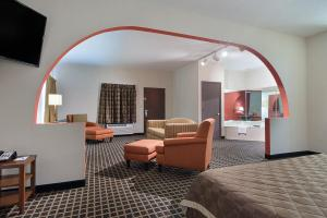 Quality Inn Commerce, Hotels  Commerce - big - 20