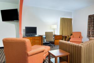 Quality Inn Commerce, Hotels  Commerce - big - 41