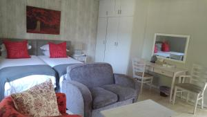 Large Double Room 9