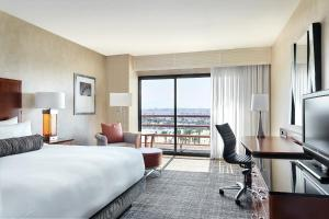 King or Double Room with Marina View