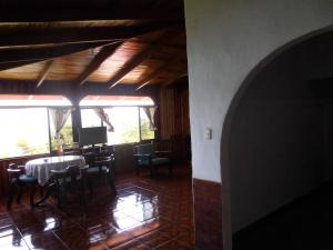 One-Bedroom Apartment with Ocean View - Mariposa 88