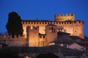 Country House Ca' Brunello, Holiday homes  Urbino - big - 7