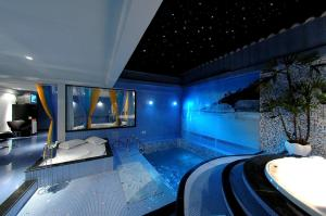 Double Room with Pool