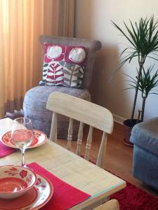 Two-Bedroom Apartment (4 Adults) 1 double bed and 2 single beds