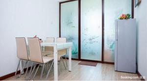 Qingdao Golden Beach Sihaiju Seaview Apartment Diwei Garden Branch, Apartmány  Huangdao - big - 3