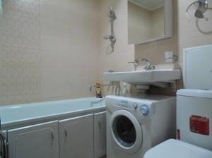 Apartment on Prospect Oktyabrya 42, Appartamenti  Ufa - big - 9
