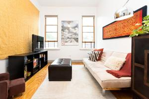 Four-Bedroom Apartment-8th Avenue