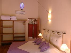 Double Room with Garden View (2)