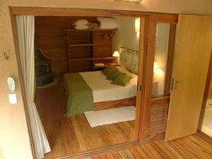 Deluxe Double Room with Balcony (10)