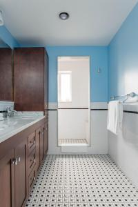 Three-Bedroom Apartment - Wyckoff Townhouse