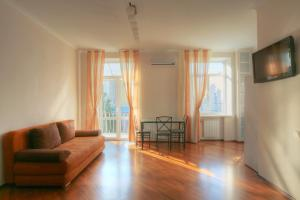 Apartment on 11 Kostelna street, Киев