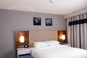 Business Double Room with %15 F&B Discount