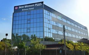 Best Western Plus Briston Hotel, Hotels  Otopeni - big - 1