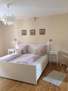 B&B Penzion, Bed & Breakfast  Diez - big - 1