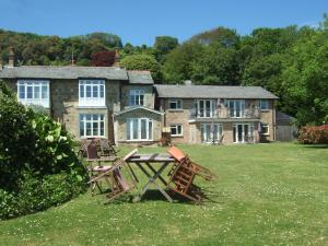 Woodcliffe Holiday Apartments in Ventnor, Isle of Wight, England
