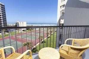 Three-Bedroom Apartment with Sea View #3