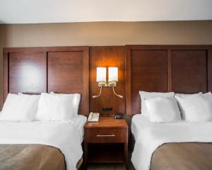 Standard Queen Room with Two Queen Beds - Non-Smoking